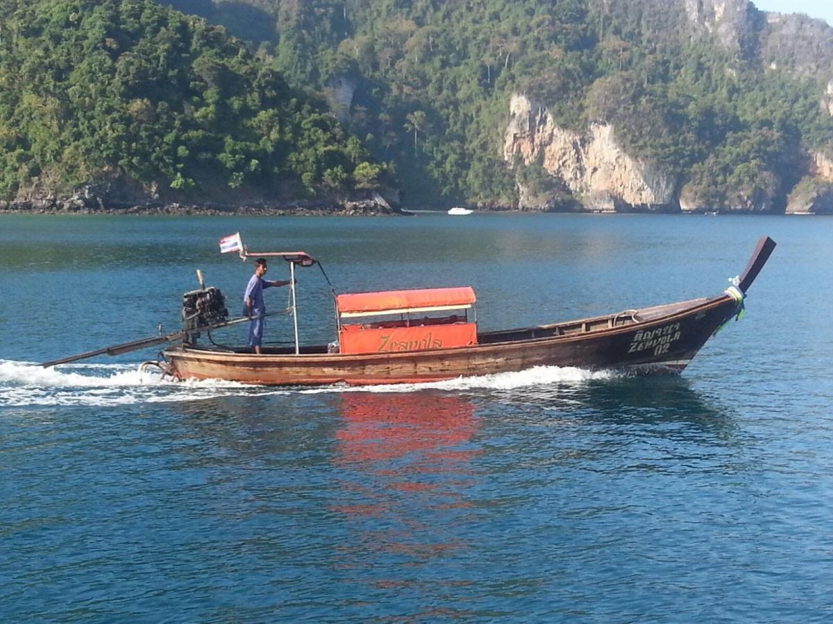 פלוטילה בתאילנד